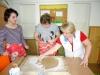 2011 apríl - Tvorba perníčkov ku Dňu matiek